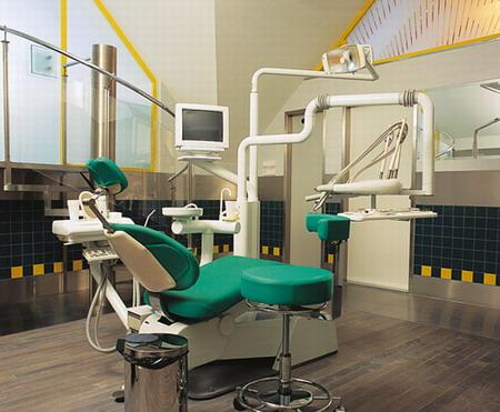 Центр имплантации ВИТАЛ – Венгрия